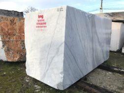 Blocchi di marmo Statuario (2)